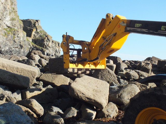 Harbour stone being removed from Trevaunance Cove